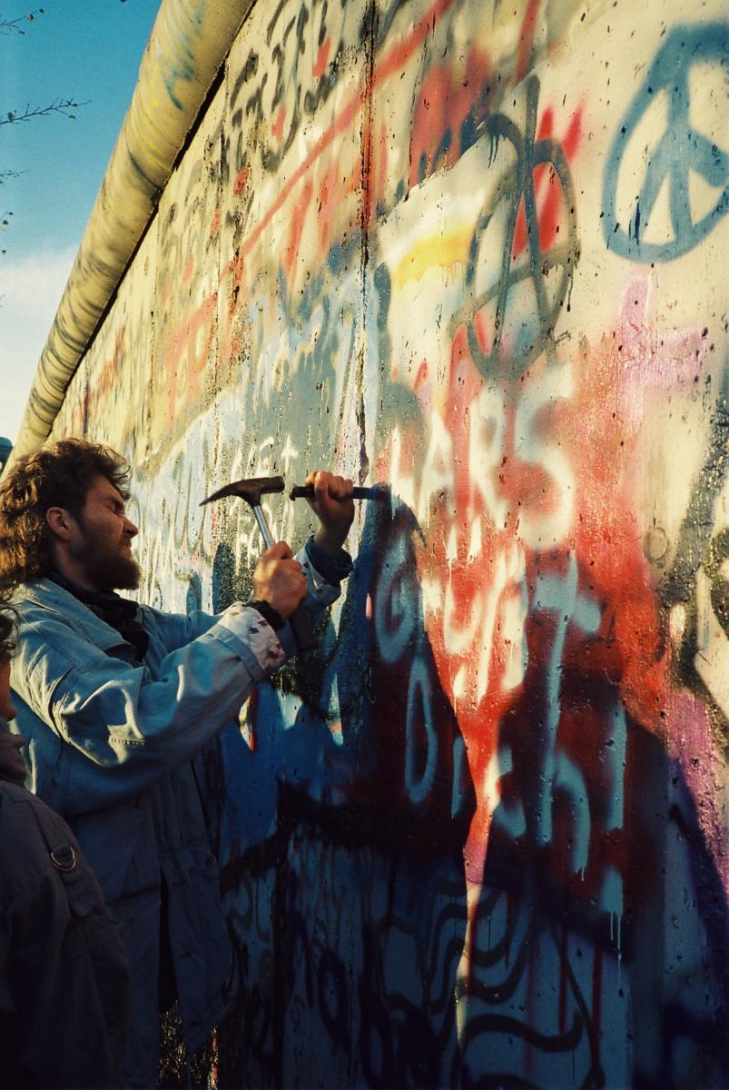 Mauersprecht wollten sich Erinnerungen an die Mauer sichern.